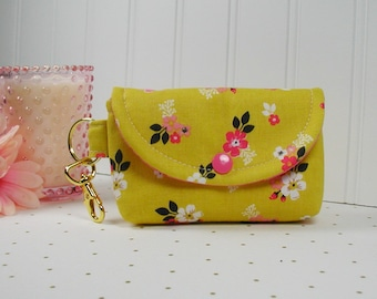 Small Snap Pouch with Gold Clip... Vintage Daydream Gold Vintage Floral