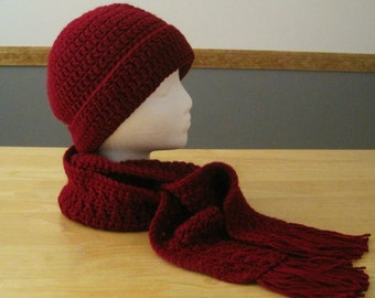 Crocheted Brimmeded Hat and Fringed Scarf Set - Burgundy
