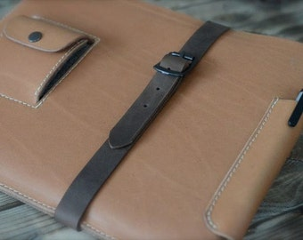 MacBook Air leather sleeve - SUPERSTRUCTURE - organic leather