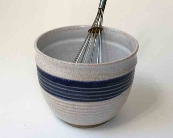 Speckled White and Deep Blue Food Prep Bowl, Ships Fast Rustic Stoneware Mixing Bowl, Whisking Bowl, Deep Bowl, Kitchen, Pho Bowl