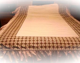 Vintage Bedspread / Pink Brown Bed Cover / Vintage Bedding / Cotton Bedding / Retro Bedspread / 1950s Bedspread / Photo Prop