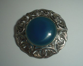 Silver brooch sterling Celtic Scottish school of John Hart vintage blue agate hallmarked Birmingham 1995