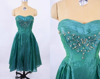 1950s prom dress | emerald green taffeta strapless sweetheart prom dress | vintage 50s dress | W 27""