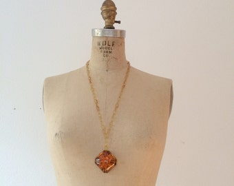 1940s necklace / celluloid necklace / Aster Pendant necklace
