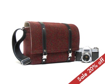Medium camera messenger bag  - dark red herringbone