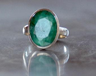 Emerald Sterling Silver Ring.  Brazilian Emerald Ring. Minimalist Gemstone Ring. Silversmith. May Birthstone. Fine Jewelry. Size:  8.