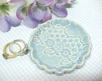 Baby Blue Ring Holder Spoon Rest Fluted Pie Crust Edges Lacy Texture