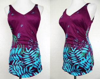 1970s Purple Fern Print Swimsuit Pinup Bathing Suit One Piece Backless Skirt Bra Medium