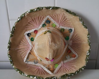 Vintage Peachy Cream Mini Sombrero For Pet