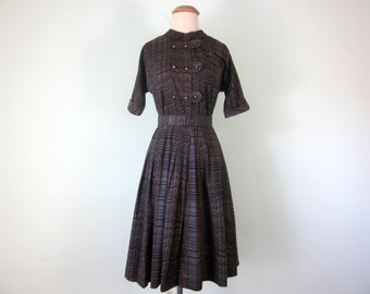 60s grey zigzag print short sleeve cotton fitted waist pleated dress (s - m)
