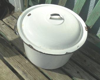 Large Vintage Enamelware Pot
