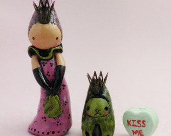 L. Snellings - It Only Takes A Kiss - Princess and Frog Hand Sculpted Multiple Original Poppet Set