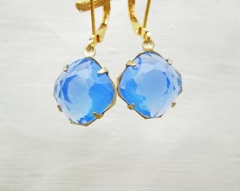 Vintage Chalecedony Sky Blue Glass Earrings, 12 mm square cushion