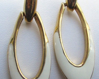 Vintage white and goldtone enamel hoop earrings