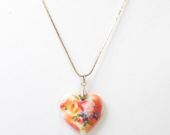 Red Floral Heart Pendant Necklace Vintage Porcelain Transfer Heart 18 Inch Chain