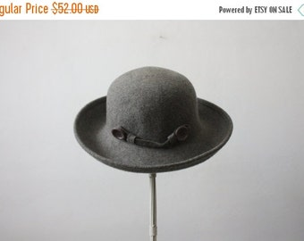 VACATION SALE. vintage charcoal fedora / button fedora