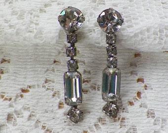 Vintage Long Drop Dangling Clear Rhinestone Screw Back Earrings, Rhinestones, Silver Tone Metal, Bride / Bridal / Wedding / Evening