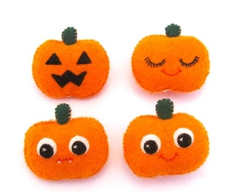 SALE Pumpkin Brooch - Jack O Lantern - Cute Halloween Pin - Halloween Jewelry - Halloween Party Favor