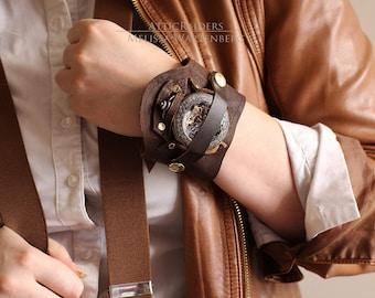 Brown Leather Steampunk Pocketwatch Cuff Case