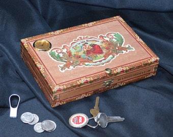 Desk Valet / Desk Clock Cigar Box - No. 608.164