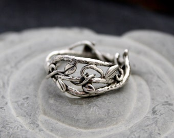 Vine Branch Elvin Ring Delight, branch band twig rings, vine ring, leaf ring, organic band, twig engagement, goddess ring, forest ring, tree