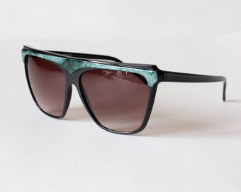 1980s Sunglasses / Vintage Green & Black Oversize Sunglasses