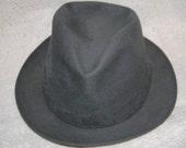 "Vintage Vanzina Pavia Gray ""Portofino"" felt fedora US 7 1/4"