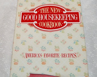 The New Good Housekeeping Cookbook Hardcover 1986 printing
