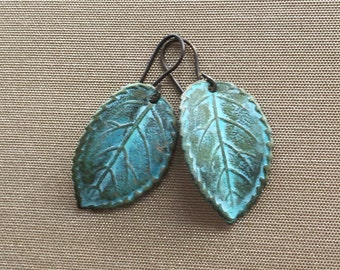 brass leaf earrings, leaf earrings, verdisgreed leaves, brass earrings, green leaf earrings, verdisgree leaves, detailed brass earrings