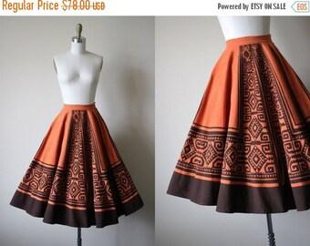 ON SALE 50s Skirt - Vintage 1950s Mexican Circle Skirt - Pumpkin Chocolate Hand Painted Tribal Cotton Circle Skirt S - Pepitas Skirt