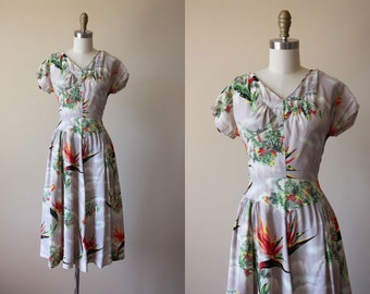 1940s Dress - Vintage 40s Dress - Rayon Novelty Asian Village Birds of Paradise Dress M - Four Seasons Dress