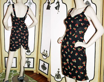 Vintage Rosebud Sun Dress in Black and Red with Tulip Hem. XS-Small.