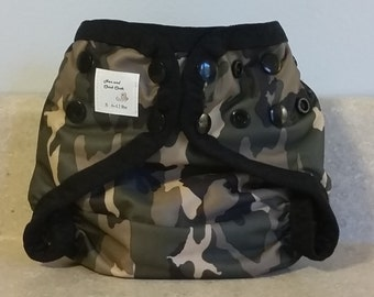 Small PUL Diaper Cover with Leg Gussets- 6 to 12 pounds- Camo- 21001
