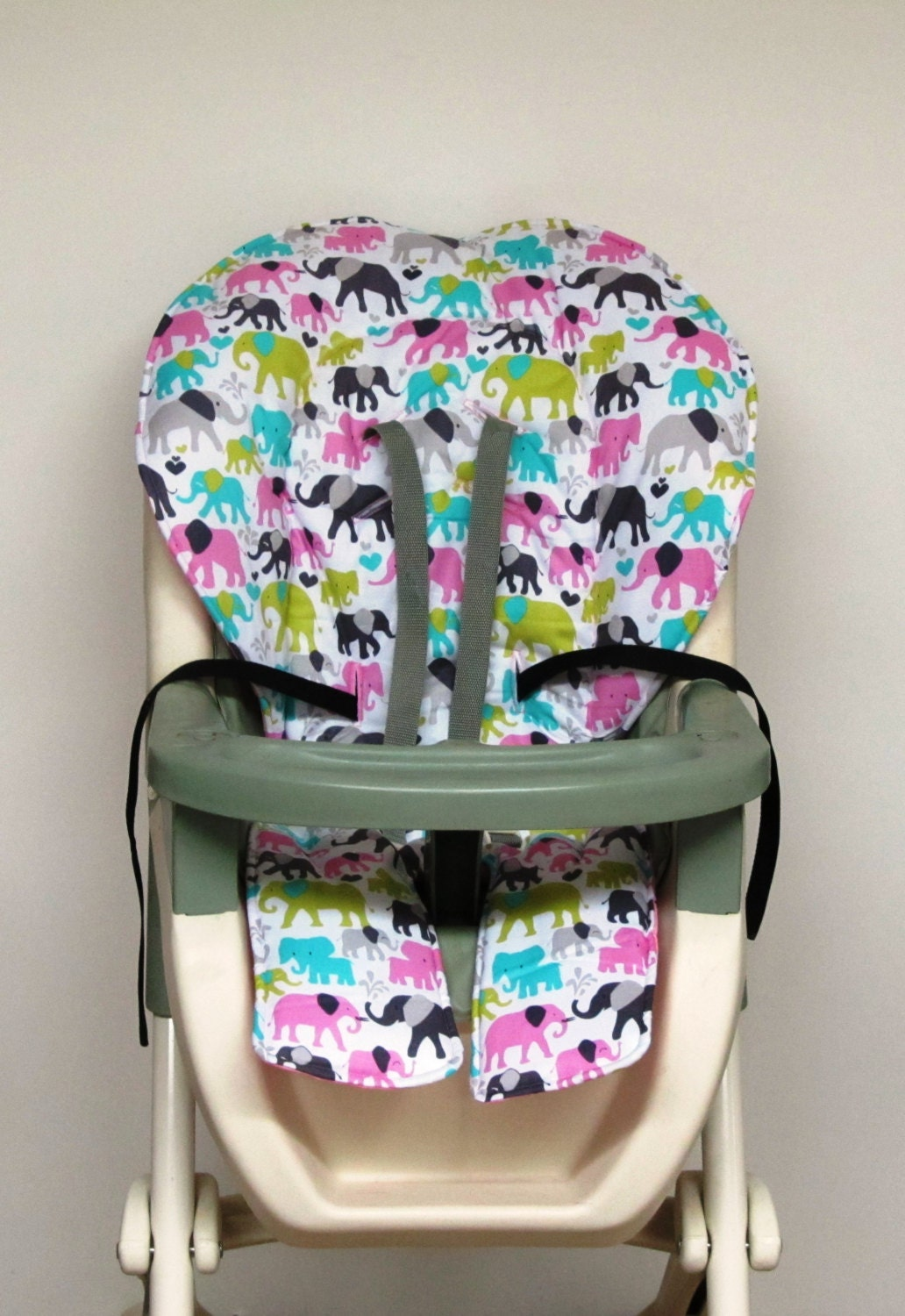graco high chair cover kids and baby feeding chair pad baby. Black Bedroom Furniture Sets. Home Design Ideas
