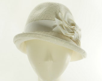 Winter White Hat for Women - Womens Fedora Hat - Felt Hat for Women - Wedding Hats - Ladies Winter Hat - Fedora Hat - Vintage Hat Style