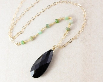 40 OFF SALE Black Spinel & Green Chrysoprase Necklace - Layering Necklace