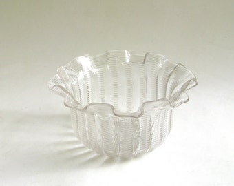 vintage victorian glass finger bowl   ...  antique ruffled glass bowl   ...   thread glass