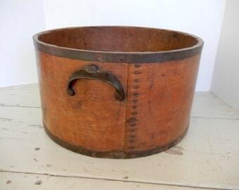 Wonderful Antique Dry Grain Measure Large 1/2 Bushel Signed