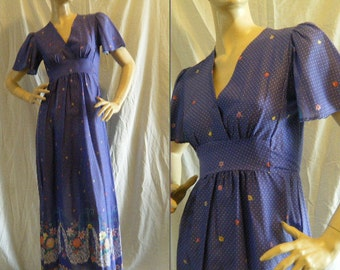 Vtg 1970s Periwinkle purple swiss dot maxi dress with Floral border and empire waist small Medium