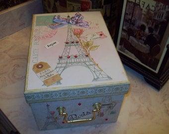 Large PARIS Eiffel Tower keepsake box,storage box Paris decor,FRENCH decor,SHABBY chic,Paris bedroom decor,Wedding card box