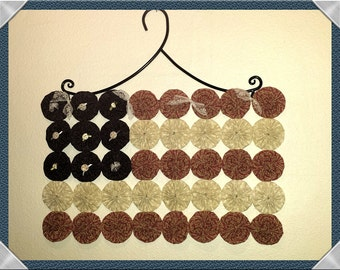 Country Americana Patriotic Flag, Yo Yo Wall Hanging With Black Iron Hanger