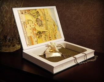 Hollow Book Safe (The Hobbit Deluxe Collector's Edition)