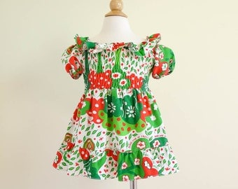 Vintage 1970s Toddler 12-18M Dress / 70s Doris Brosk Fun Frills Sun Dress / Birds Live In Trees, Red Green Cotton Print