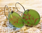GREEN NATURE glass circle earrings painted brown flowers