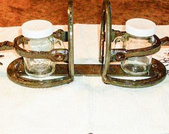 Horse Shoe Salt and Pepper Napkin Holder With Spur   Horseshoe Decor