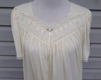 Cream Nightgown with Lace and Embroidery