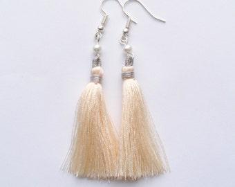 Cream Tassel Earrings, Pearl Earrings, Pearl Drop Earrings, Silver Earrings, Ecru Earrings, Cream Wedding