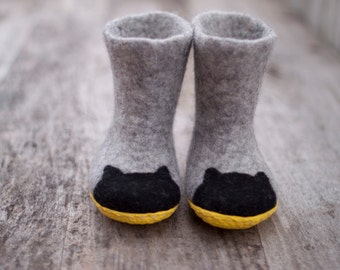 Baby shower day wool boots, batman felted grey kids slippers with black cats, yellow rubber soles, childres shoes  handmade to order