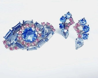 VINTAGE Pink Blue Rhinestone Brooch and Clip Earrings with Open Back Prong Set Stones Unsigned HIGH END