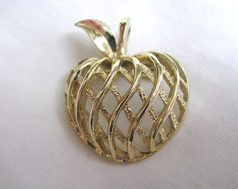 Gold tone dimensional apple pin brooch by Gerrys